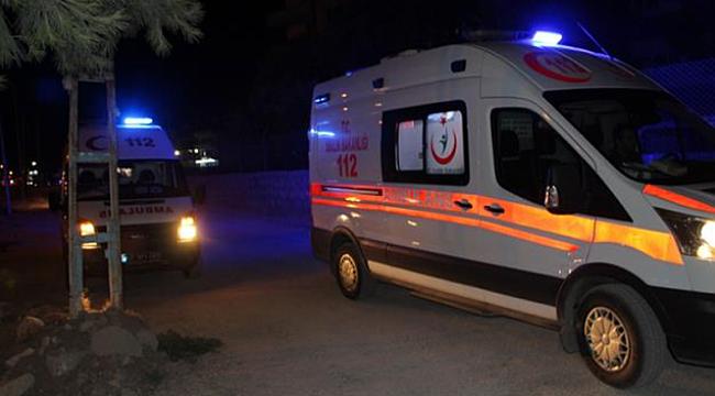 Hatay'da askeri araçla minibüs çarpıştı