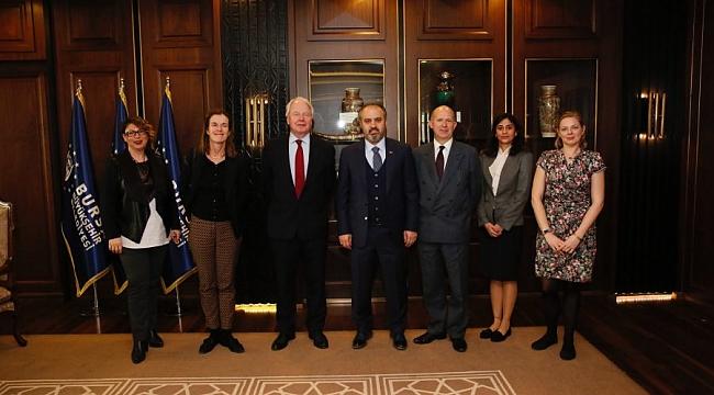 İngiliz Büyükelçi, Aktaş'ı ziyaret etti