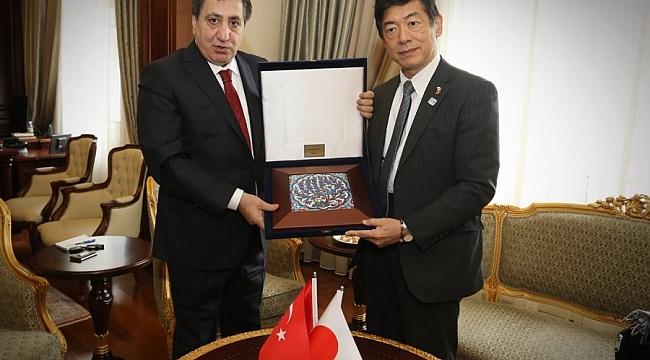 Japon Büyükelçi'den Vali Küçük'e ziyaret