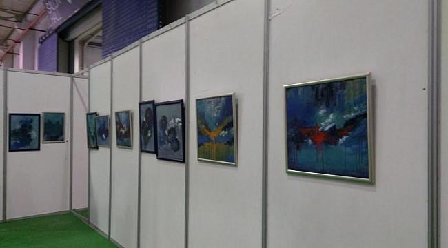 Karaçor eserlerini sanatseverlerle buluşturdu