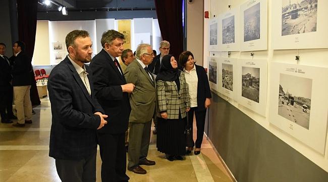 Kâbe fotoğrafları Bursa'da sergileniyor