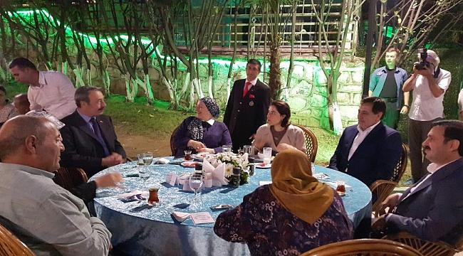 Osman Ak şehit aileleri ile buluştu