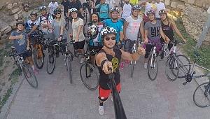 İznikli bisikletçiler Anıtkabir ve Beştepe'ye gidecek