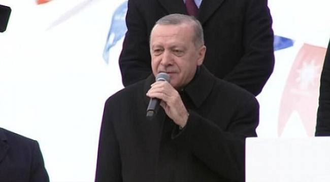 Erdoğan: Dik duruyoruz, dikleşmiyoruz