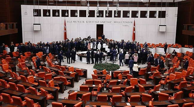 TBMM'ye 'Meclis kürsüsüne vatandaş çıkarılsın' önerisi