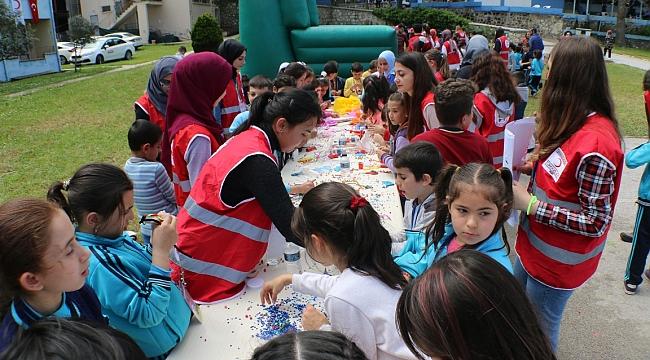 Kızılay Kampı Çocuk Kahkahası İle Renklendi