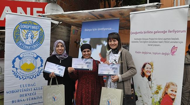TEGV'li anneler sertifikalarını aldı