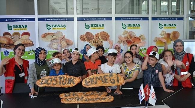 Dünya Arkadaşlık Gününe Özel 'Dostluk Ekmeği'