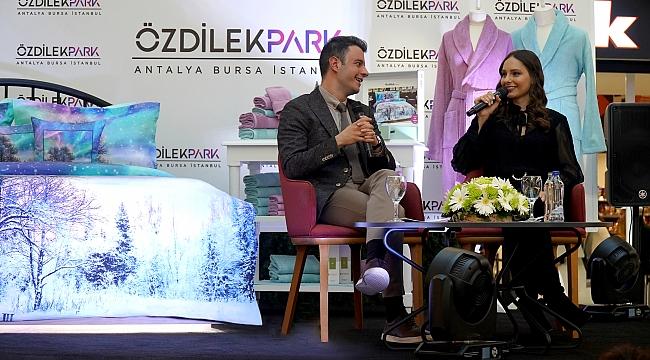 """Jessica May, """"sıcak kışın"""" müjdesini Bursa'da verdi!"""