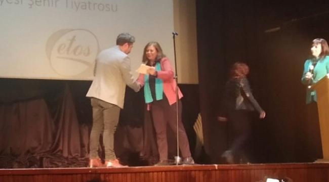 Büyükşehir Tiyatrosu'na 3 ödül daha