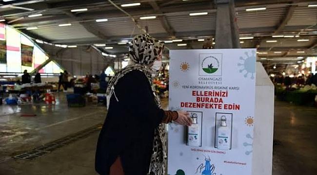 Osmangazi'de pazar yerlerine el dezenfektanı