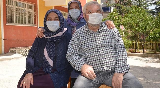 Koronavirüsü 38 günde yendi, gençleri uyardı