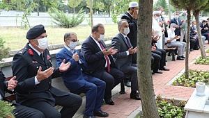 Bursa'da şehitler dualarla anıldı