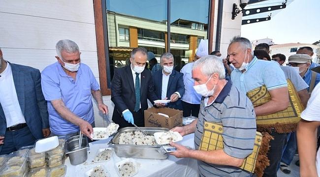Başkan Aktaş, Bursalılarla bayramlaştı