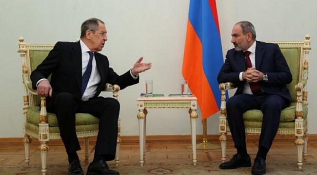 Lavrov: Paşinyan anlaşmaya bağlılığını teyit etti